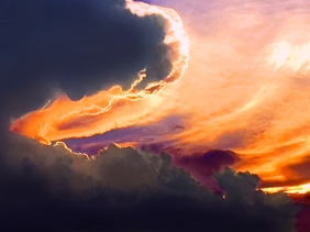 Skyscape photography of a sunset and clouds.